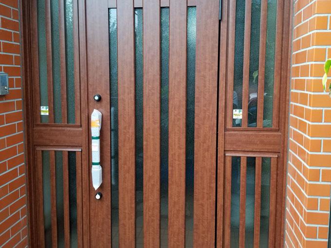 住宅玄関ドア交換工事