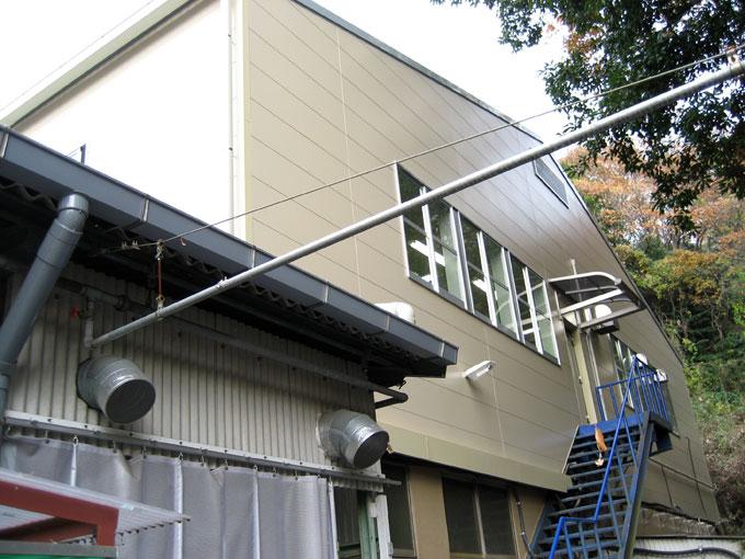 工場外壁改修工事(窯業系サイディング)
